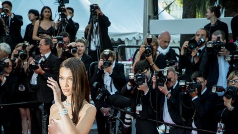 GALERII | ÕHTULEHT CANNES'IS: punase vaiba vallutasid lisaks filmitegijatele ka tippmodellid ja popmuusikud