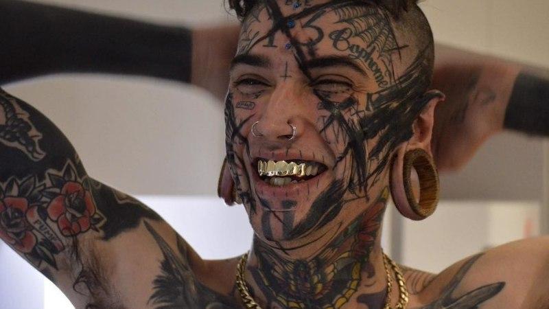 """""""С 11 лет я начал менять свое тело, и сейчас у меня 150 тату и 40 модификаций"""""""