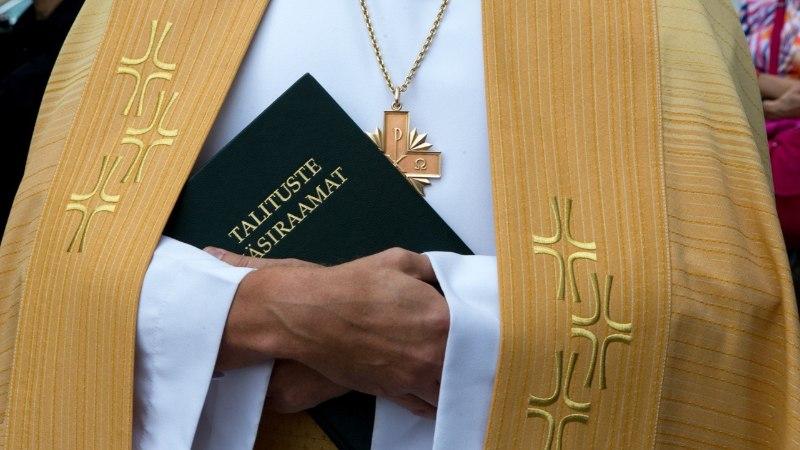 Heimar Lenk   Kas kirik tõesti võtab vaeste raha vastu?
