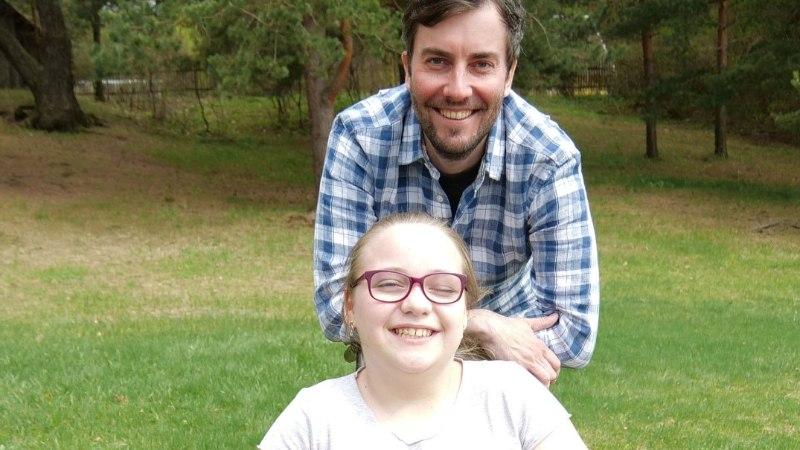 VIDEO | 11-aastane Kelly unistab kõndimisest, kuid vajab selleks annetajate tuge