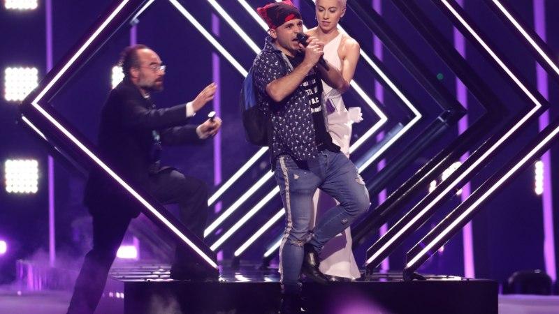 """Сорвавший номер на """"Евровидении"""" активист заявил о жестоком избиении полицией"""