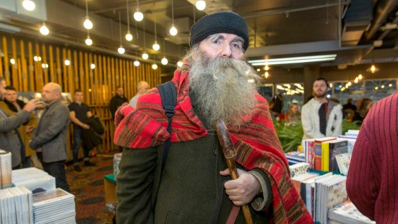 Mida teeb Tallinn tähetark Igor Mangi munitsipaalkorteriga?