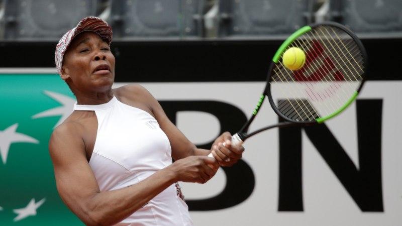 FOTOD | Kontaveit alistas ka Williamsi ja jõudis Roomas veerandfinaali!
