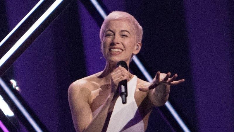 Teine võimalus? Fännid tahavad, et lavale hüpanud protestijaga silmitsi seisnud lauljatar esineks ka järgmisel Eurovisionil