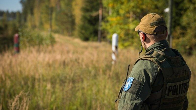FOTO | Idapiir tähistati Eesti Vabariigi piiripostidega