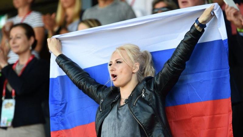 IMELIK! Argentina jalgpalliliit andis mängijatele ja treeneritele juhiseid, kuidas Venemaal naistele külge lüüa