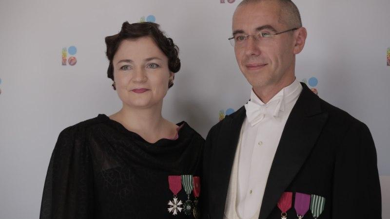 """Milliseid tundeid tekitab Eesti naisrežissööride üdini isiklik dokfilm """"Juured"""" meesvaatajates?"""