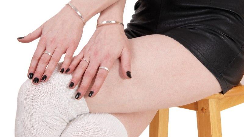 Kolm tõsist tervisehäda, mida põhjustab jalg üle põlve istumine