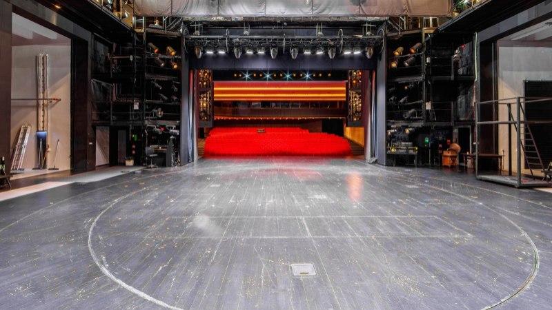 Mullu pärast kapitaalremonti uksed avanud Ugala teatri pöördlava vajab juba ümberehitamist