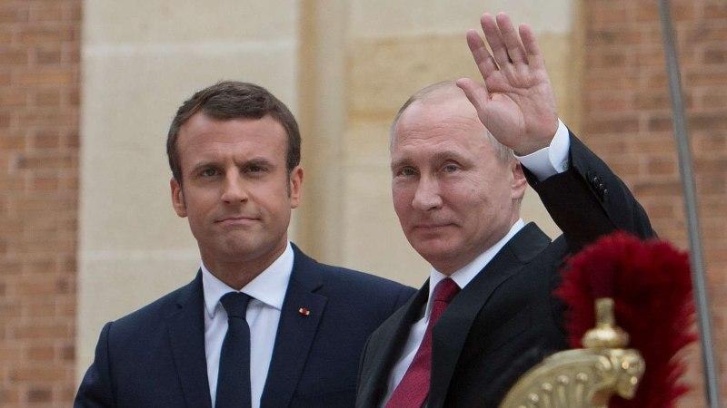 Macron kohtub Peterburis Putiniga