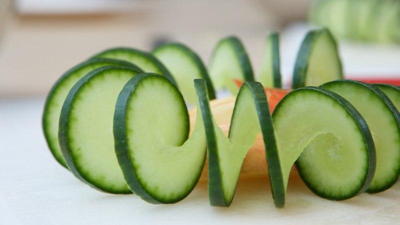 15 vedelikurikast toiduainet, mida suvisel ajal hea näksida