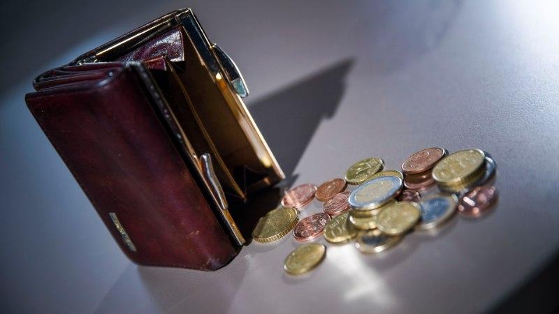 GRAAFIK | Aasta esimese kvartali keskmine palk oli 1242 eurot