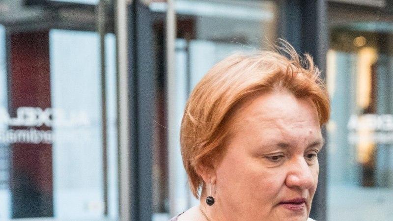GALERII | Ovatsioonid, lillesülemid ja pisarad: Elina Nechayeva andis kodupubliku ees emotsionaalse soolokontserdi