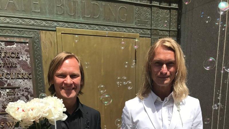 FOTOD JA VIDEO | Mart Haber ja Taivo Piller abiellusid New Yorgis
