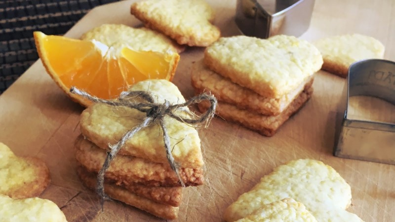 BLOGI! Valmista apelsini-kardemoniküpsised