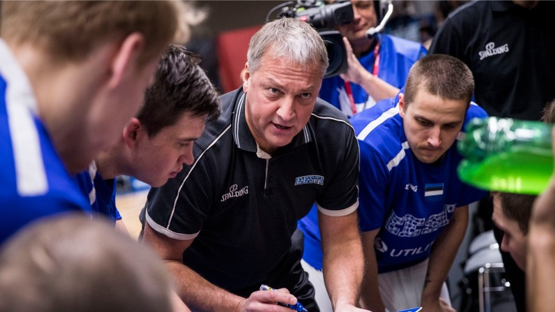 VIIES VEERANDAEG | Kas noorenenud Eesti korvpallikoondis tunneb puudust kõvast käratajast ja eeskujust?