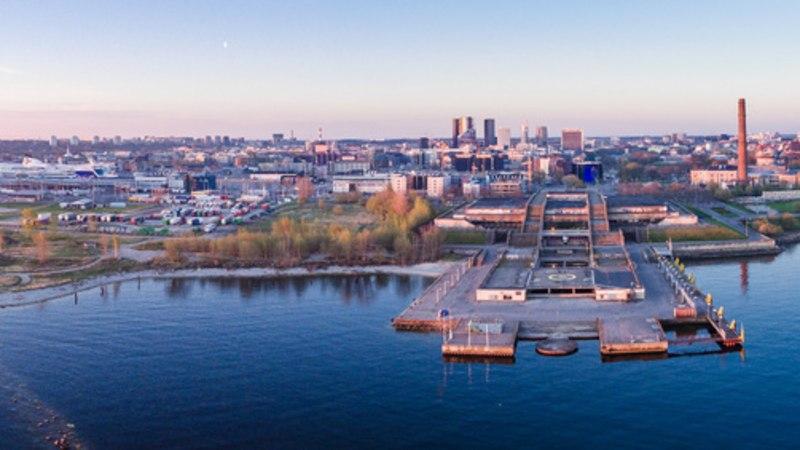 FOTOVAATLUS   Päikeseratta hommikusirutus Eestimaa kohal