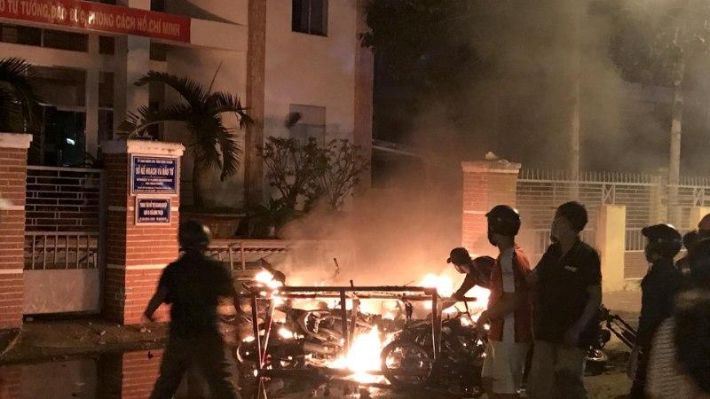 Vietnamlased ei taha mini-Singapuri: politsei vahistas üle 100 Hiina-vastase meeleavaldaja