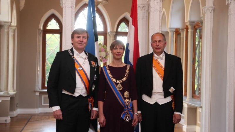 GALERII | Presidendipaar kutsus kuningas Willem-Alexanderi pidulikule õhtusöögile