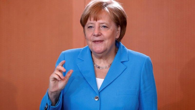 BRITI AJALOOLANE: Angela Merkel purustab Euroopa