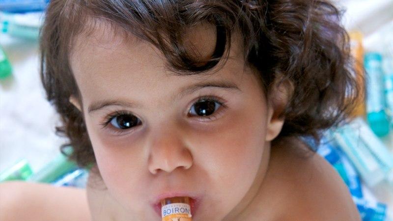 Homöopaatiline vaktsineerimine kütab kirgi: kas loodussõbralik raviviis või mäng eluga?
