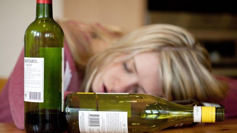 VIDEO | Lähedane joob? Vaata videost, kuidas teda aidata