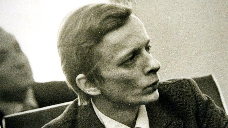 Ave Alavainu pühendas oma traditsioonilise suvealgusepeo Juhan Viidingu mälestusele
