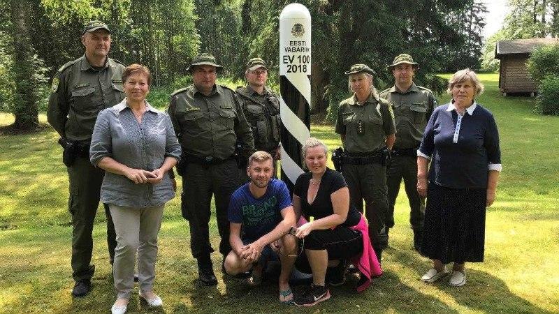 FOTOD   Saatses avati EV100 piiripost turistidele pildistamiseks