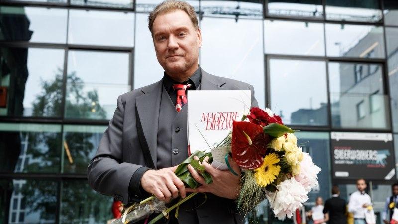 FOTOD   Mart Sander sai magistrikraadi: režissööriks õppimine on mul võtnud 26 aastat