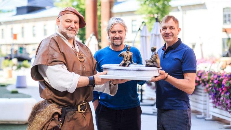 Tallinna kerkib Tauno Kangro loodud tänuskulptuur soomlastele