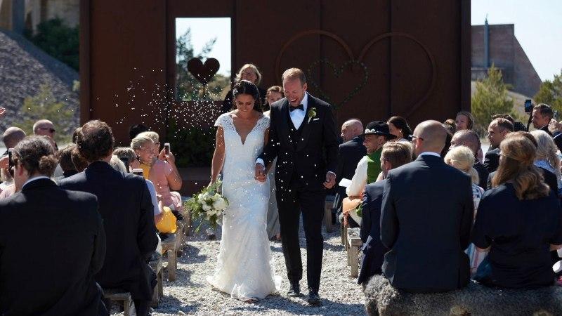 FOTOD | Rootsi suusapaar pidas Gotlandil pulmapidu