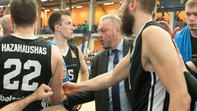 Tartu korvpallimeeskond otsustas tippkorvpallist loobuda. Peatreener ei teadnud asjast midagi