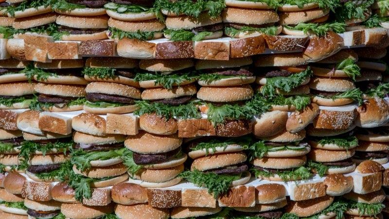 Tänavatoit: kellest saab hamburgeri hauakaevaja?