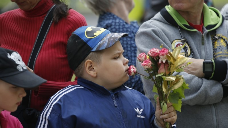 """Смотри, в Кадриорге в помощь детям больным раком прошло благотворительное """"Утиное ралли"""""""