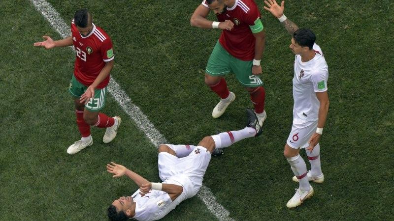 Mart Treial | Naised, päästke jalgpall!