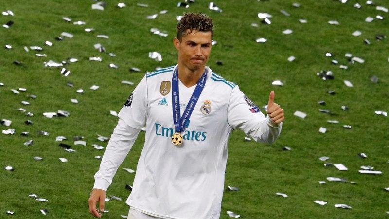 AMETLIK! Cristiano Ronaldo on Juventuse mängija!