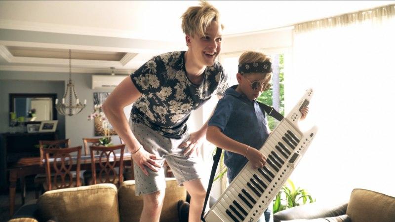 VIDEO | Jaagup Tuisk andis välja esimese singli!