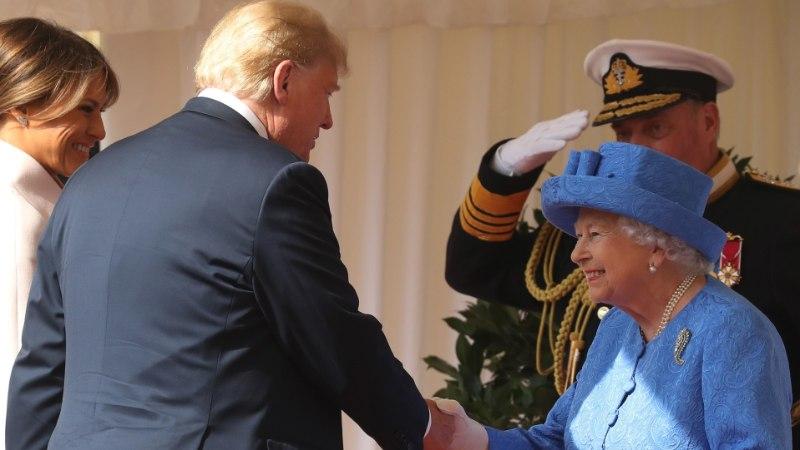 FOTOD | Trump ja Elizabeth II jõid üheskoos kella viie teed