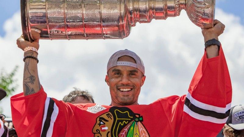 NHL leinab: suri rusikakangelasest väravavaht, kes alles viie aasta eest Stanley karika võitis