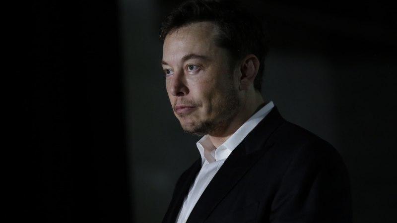 Investoreid kaotanud Elon Musk vabandas viimaks Briti sukelduja ees