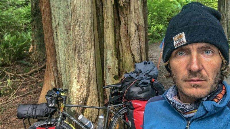 EI MEETRITKI ROHKEM: jalgrattaga 15 000 kilomeetrit läbinud eestlaselt varastati Kanadas tema ustav sõiduriist