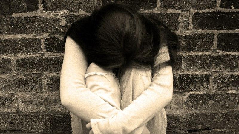 Rootsis hakkas kehtima vägistamist puudutav karm seadus