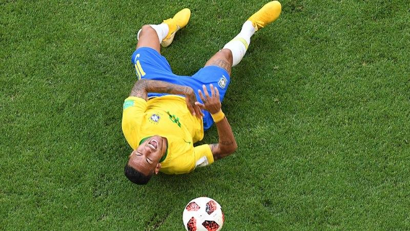 Neymar: kas tõesti arvate, et mulle meeldib, kui neid vigu tehakse? Ei, see on valus!