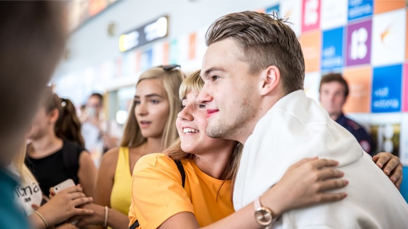 GALERII   Tšehhi superstaar kohtus Tallinnas fännidega