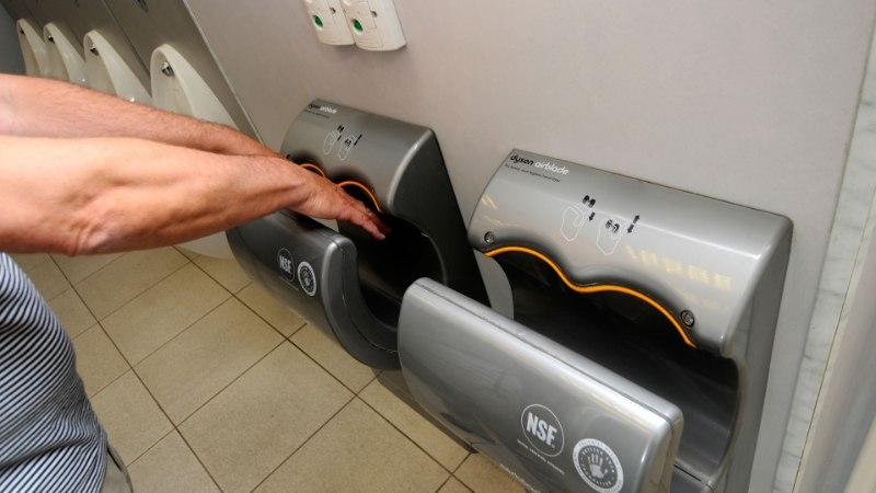 KUIVATA ÕIGESTI KÄSI! Elektriline kuivati võib neile hoopis lisada baktereid ja viiruseid