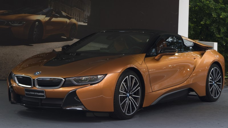 BEMMI TUULES: kas BMW i8 Roadster on kõigi aegade parim superauto?