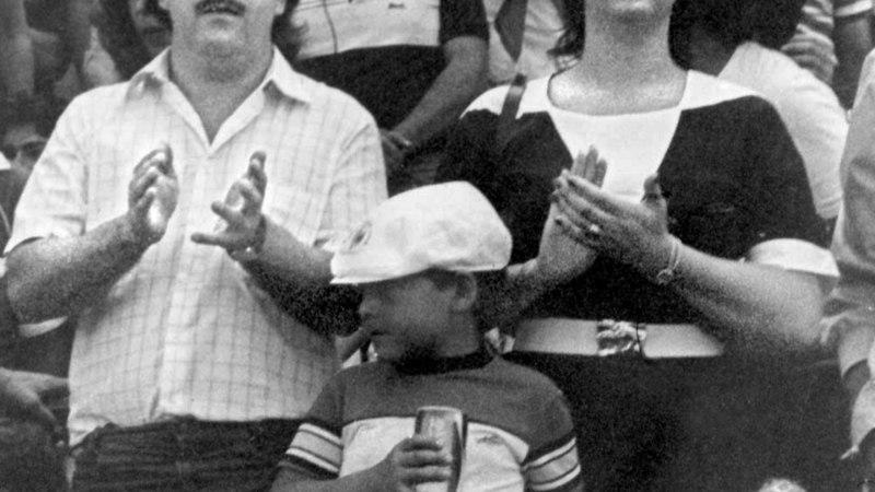 Mõrtsukas tänavatel, inglike linade vahel ehk narkoparun Pablo Escobari mitu nägu