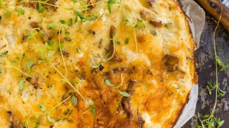 RETSEPT | Küpseta juustune lillkapsa-kukeseene-quiche