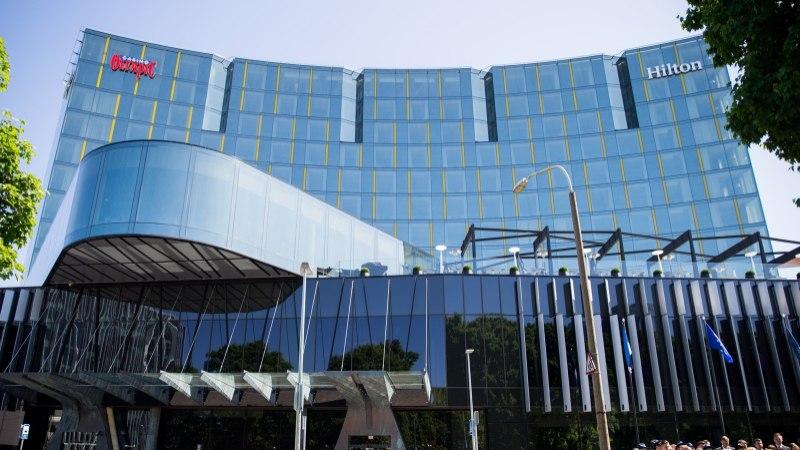 SUUR VÕRDLUS: kui palju lisavad hotellid Superkarika finaali ajal toa tavapärasele hinnale juurde?