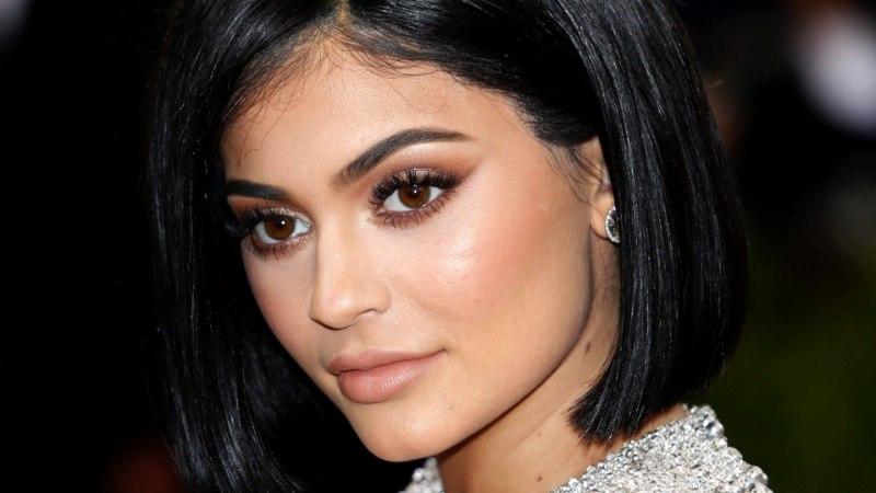 Kylie Jenneri sünnipäevapeolt viidi inimene haiglasse, peo lõpetas politsei